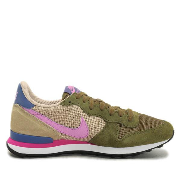 b1b26b94f9b7 WMNS Nike Internationalist  629684-303  NSW Running Faded Olive ...