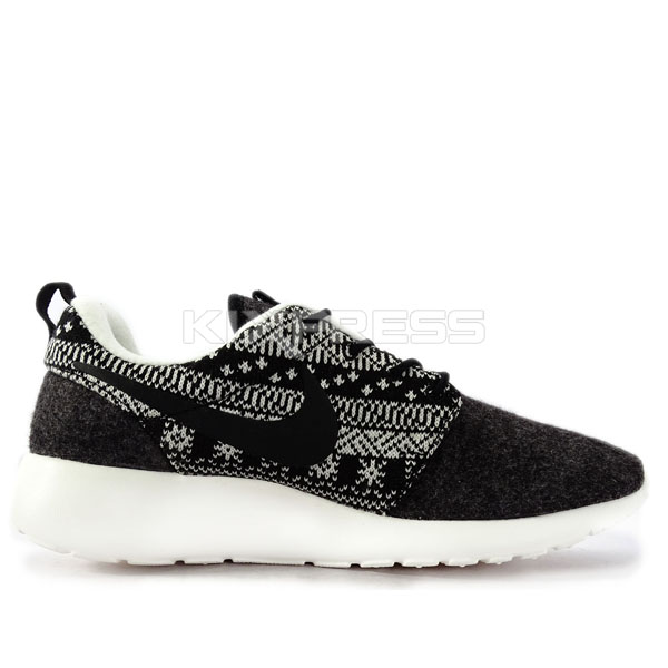 various colors 7a1c3 30eb6 kixpress au   NIKE   RUNNING   OTHERS   WMNS NIKE ROSHE ONE WINTER